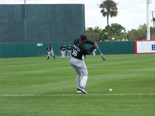 Bo Porter hitting to the outfielders