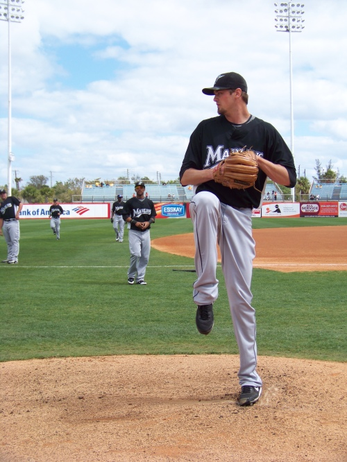 Andrew Miller warming up prior to his start