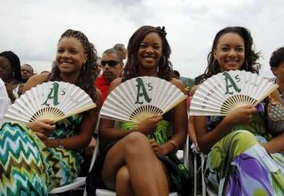 Rickey's daughters show their team spirit