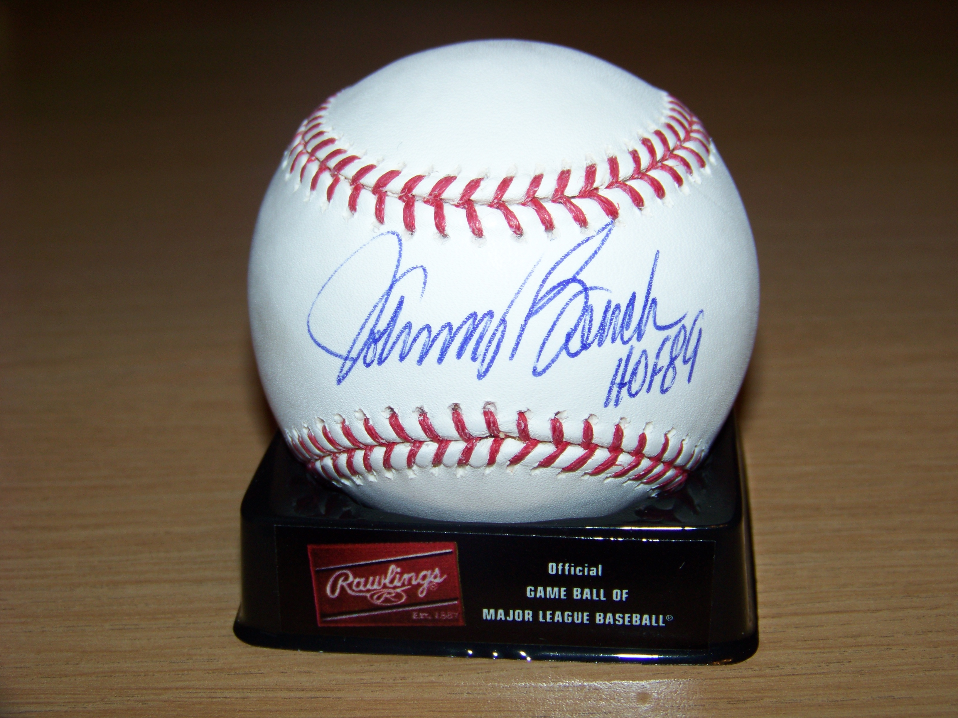 Signing Results Hall Of Famer Johnny Bench 30 Year Old Cardboard